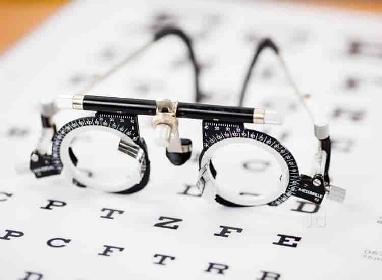 Iqbal Optician, Chatta Bazar - Opticians in Hyderabad - Justdial