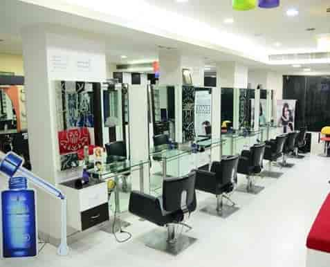 Waves Designers Unisex Salon Photos Sector 18 Noida Pictures