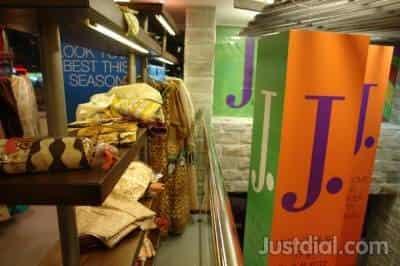 Junaid Jamshed, near al wahda mall, Abu Dhabi - Best